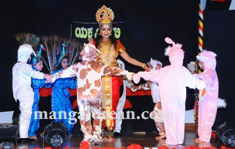 image015varamahalakshmi-pooja-dubai-20160813-015