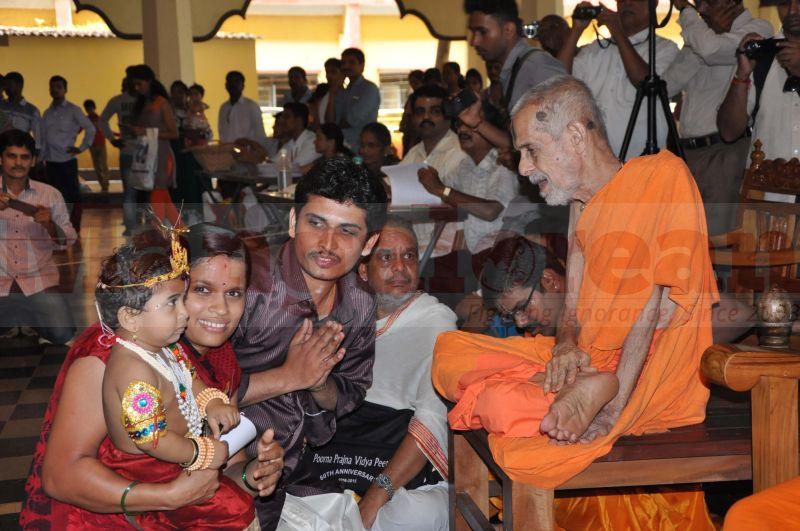 krishna-vesha-udupi-temple-20160824-09