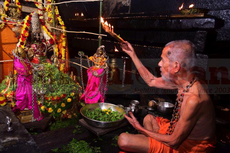krishna-vesha-udupi-temple-20160824-47