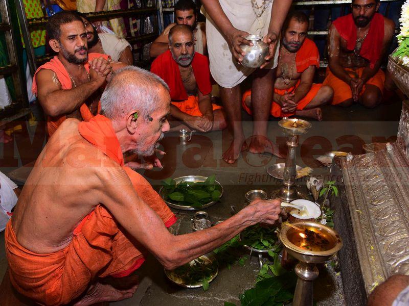 krishna-vesha-udupi-temple-20160824-53