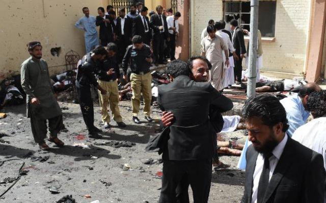 pakistan-quetta-hospital-blast-20160808