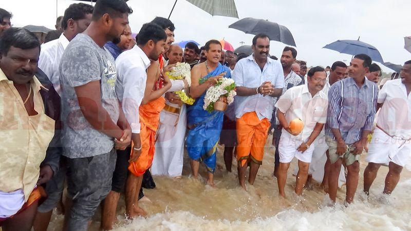 samudra-pooja-malpe-20160818-01