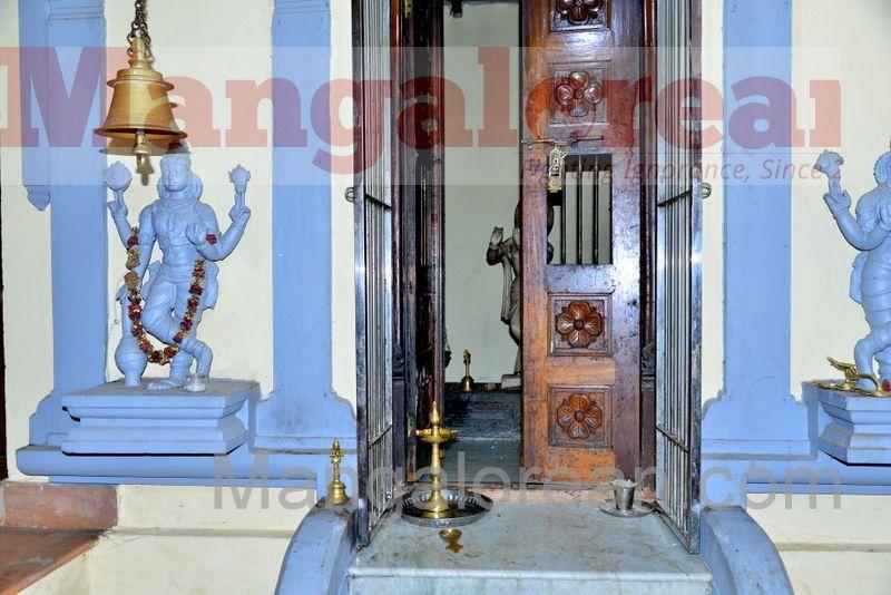 shree-umamaheshwara-temple-theft-20160804-004