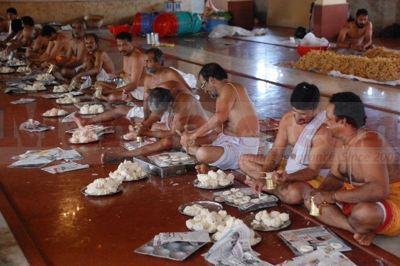 sri-krishna-janmastami-preparation-udupi-20160822-07