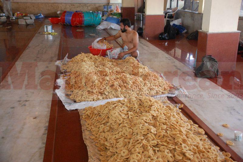 sri-krishna-janmastami-preparation-udupi-20160822-08