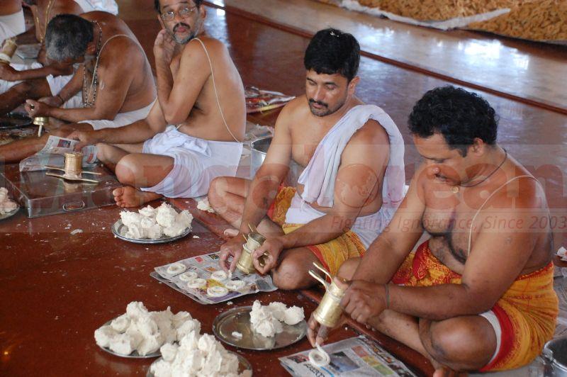 sri-krishna-janmastami-preparation-udupi-20160822-09