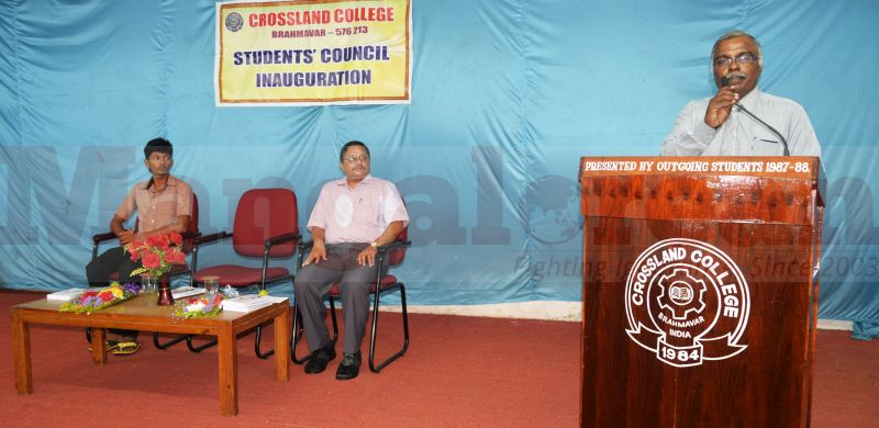 students-council-cross-land-college-20160803-03
