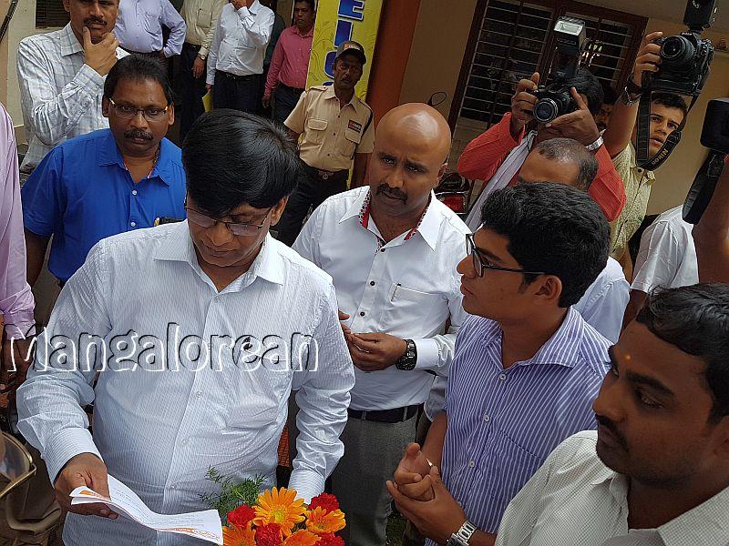 ABVP-Mangaluru-delegation-met-Basavaraj-Rayareddy (1)