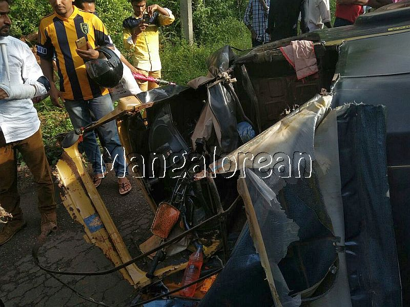accident-uppinangady-20160911-3