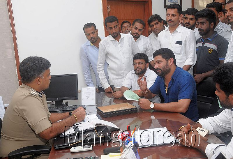 Derogatory-Comments-Hindu-religion-Youth-Congress-Demands-Action (2)