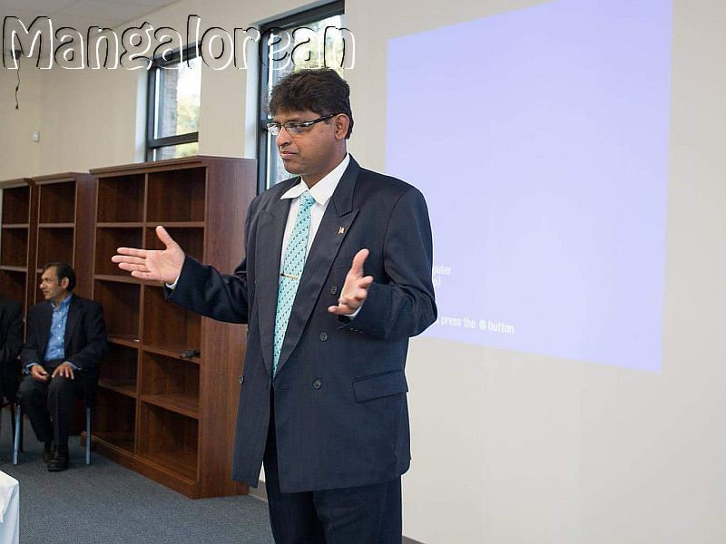 Harold-D'Souza-inaugurates-South-Asian Public-Library-Atlanta (4)