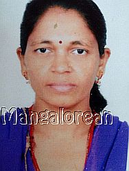 Indian-Social-Forum-helps-stranded-Malathi-naik