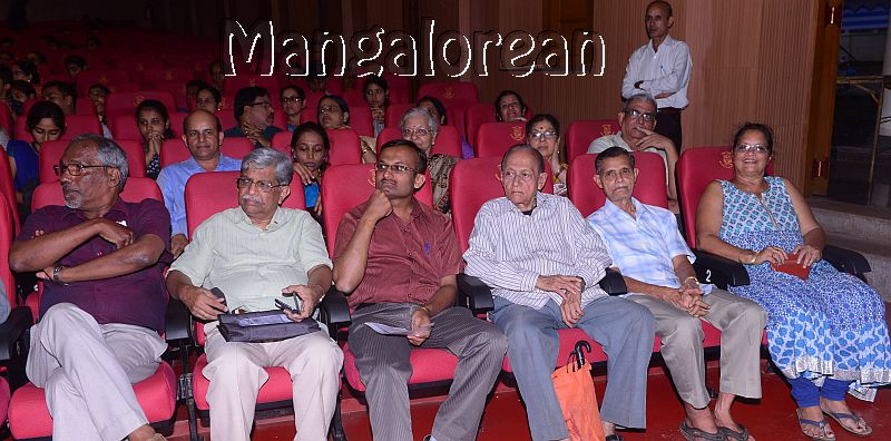 konkani-play-railway-platform-enthralls-packed-audience-14