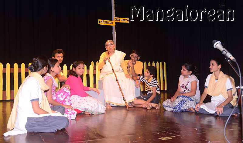 konkani-play-railway-platform-enthralls-packed-audience-19