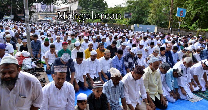 muslim-fraternity-celebrates-bakrid-symbol-supreme-sacrifice-87