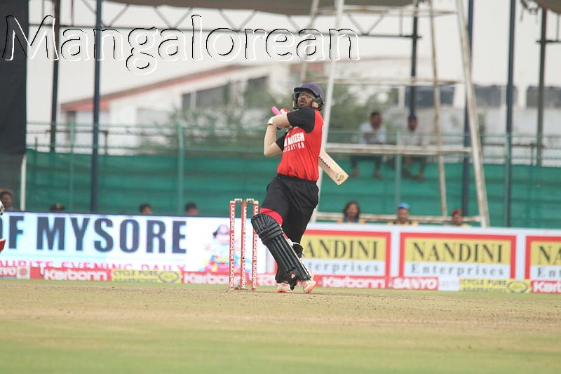 rohan-kadam-scored-a-36-ball-53-to-anchor-the-chase-for-bellary-tuskers