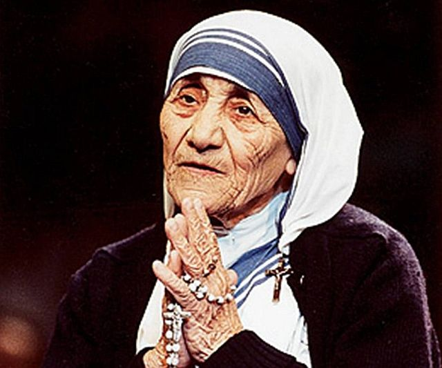 Saint-Mother-Teresa-Our-Teacher-and-Guide (3)