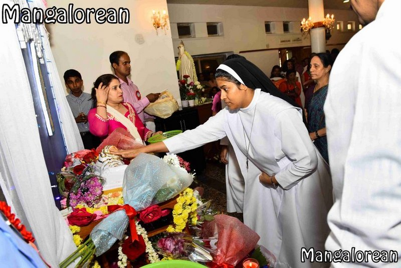 the-nativity-of-mother-mary-monthi-fest-kuwait-41