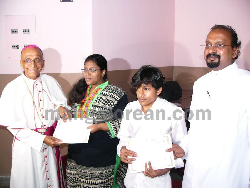 bangalore-diocese-prathiba-puraskar-17