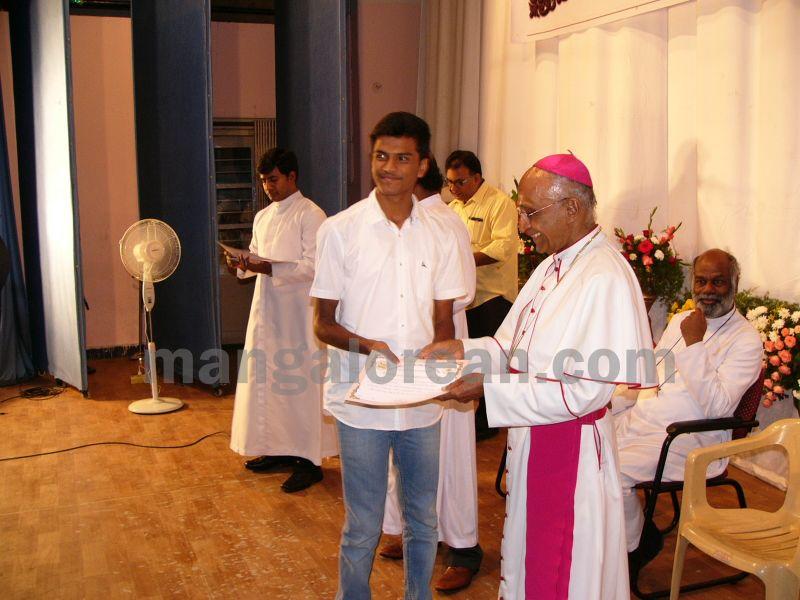 bangalore-diocese-prathiba-puraskar-21