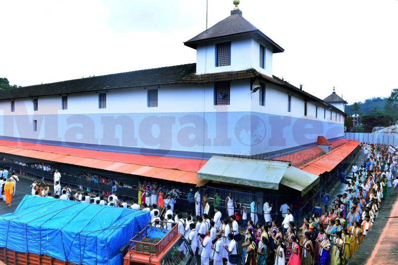 bhajana-kammata-dharmasthala-00
