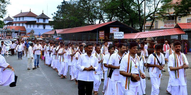 bhajana-kammata-dharmasthala-01