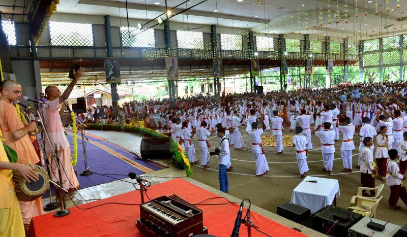 bhajana-kammata-dharmasthala-07