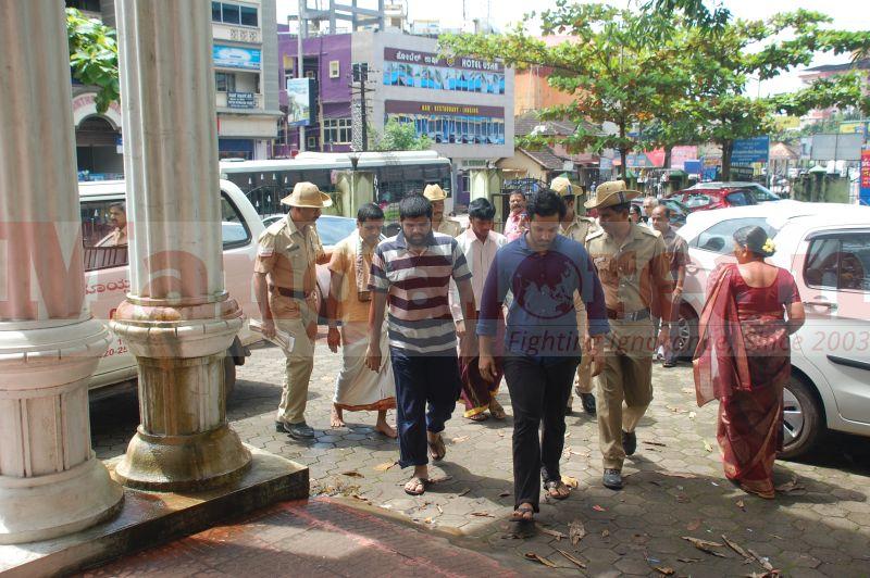 bhaskar-shetty-murder-case-court-produce-20160906-07