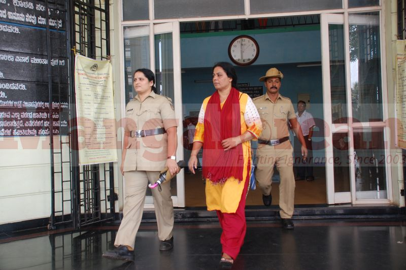 bhaskar-shetty-murder-case-court-produce-20160906-08