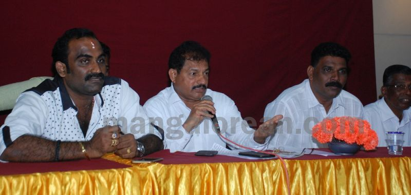 bjp-press-meet-sand-mining-20160920-05