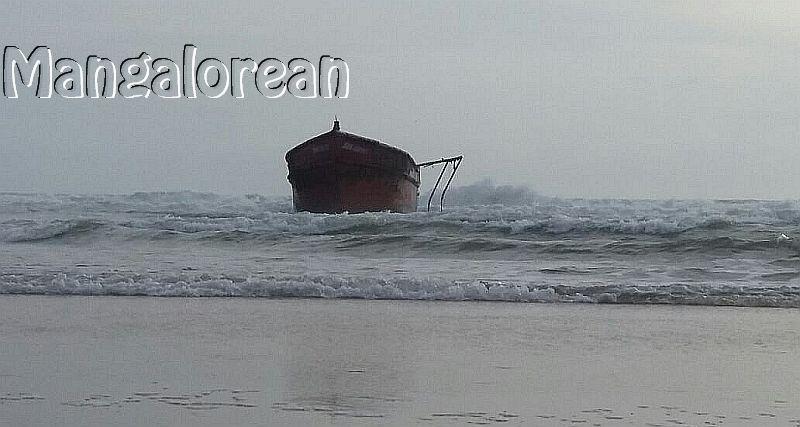 boat-abandoned-bikampady (3)