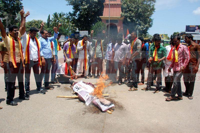 cauvery-wate-row-karnataka-bandh-udupi-protest-20160909-18