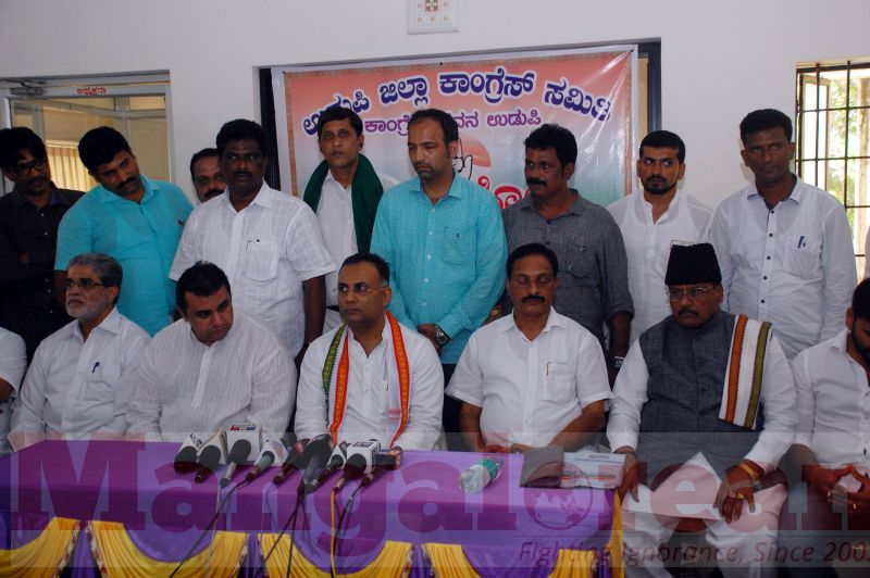 dinesh-gundu-rao-press-meet-udupi-20160918-01