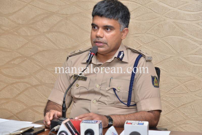 image002police-commissioner-chandrasekhar-002