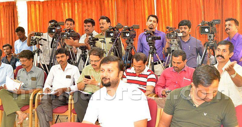 image003janardhana-poojary-pressclub-20160903-003