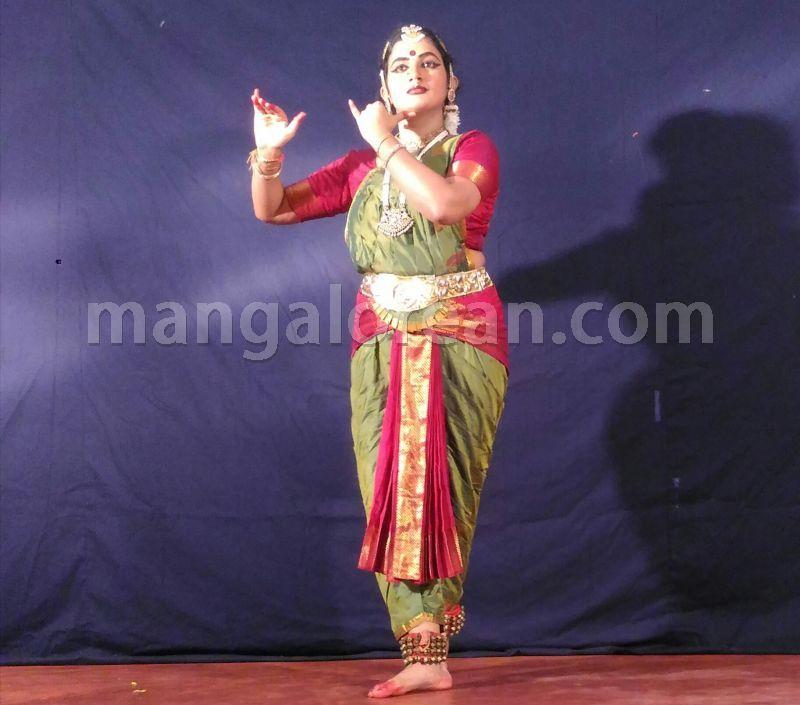 image004bharatanatyam-vidushi-preethikala-puttur-004