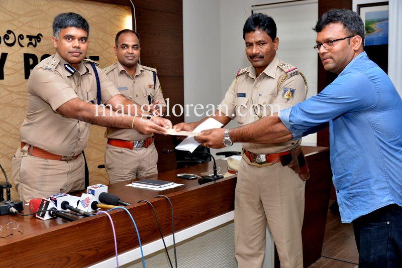image006police-commissioner-chandrasekhar-006