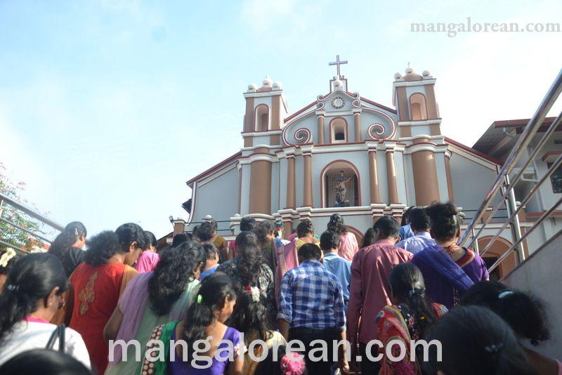 image007monthi-fest-farangipete-church-20160908-007