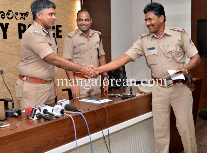 image008police-commissioner-chandrasekhar-008
