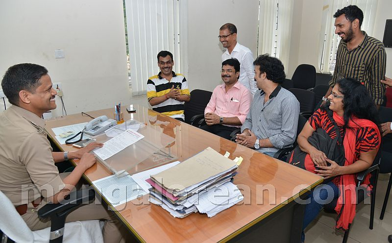 image009karnataka-journalists-union-20160906-009