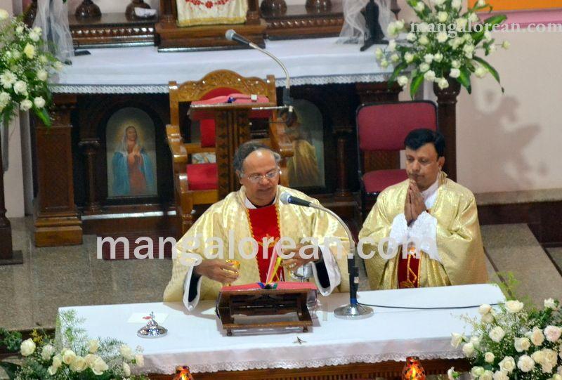 image010monthi-fest-farangipete-church-20160908-010