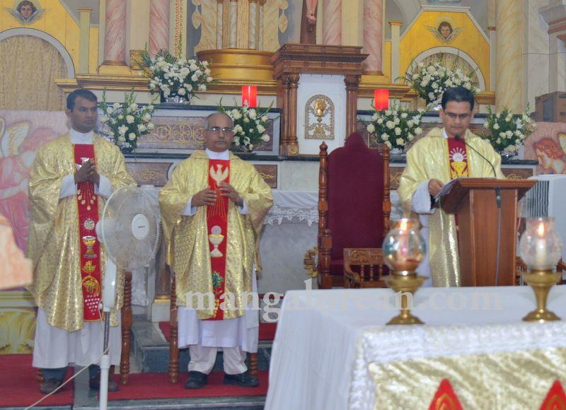 image032nativity-feast-rosario-20160908-032