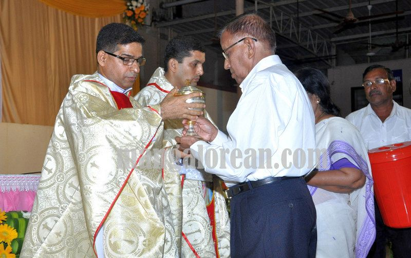 image14annual-feast-st-padre-pio-20160926-014