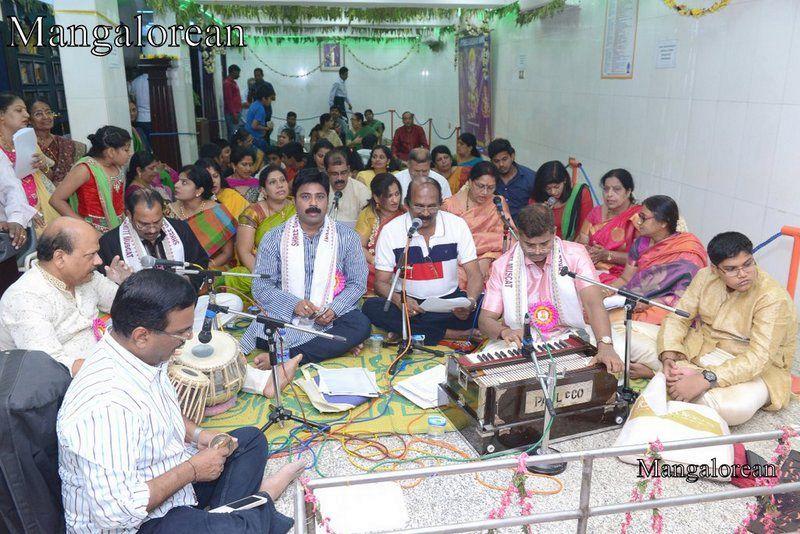 image16ganesha-chaturthi-celebrations-20160914-016