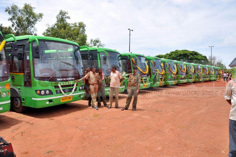 low-floor-JNNURM-buses-udupi-20160907-02