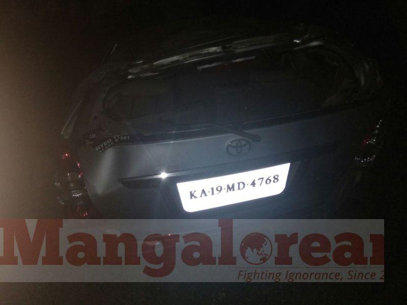 mandya-car-accident-20160930