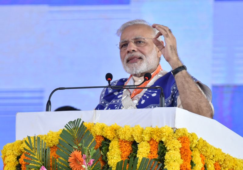 The Prime Minister, Shri Narendra Modi addressing the gathering, at Limkheda, in Gujarat on September 17, 2016.