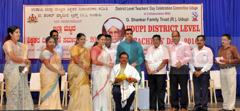 teachers-day-udupi-district-20160905-06