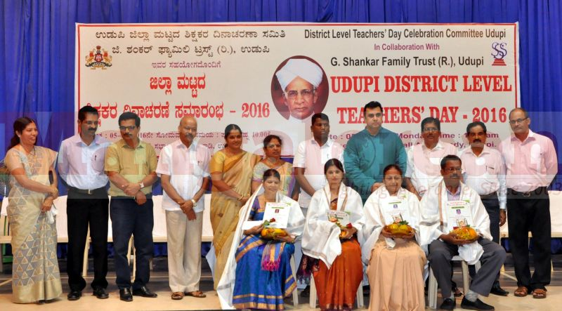 teachers-day-udupi-district-20160905-12