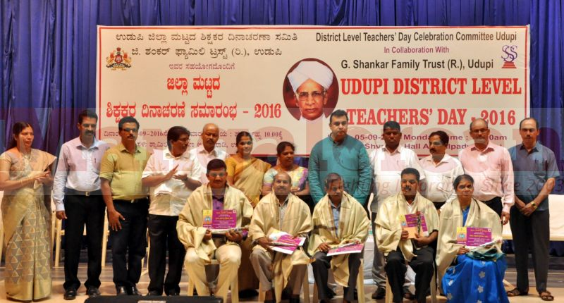 teachers-day-udupi-district-20160905-19